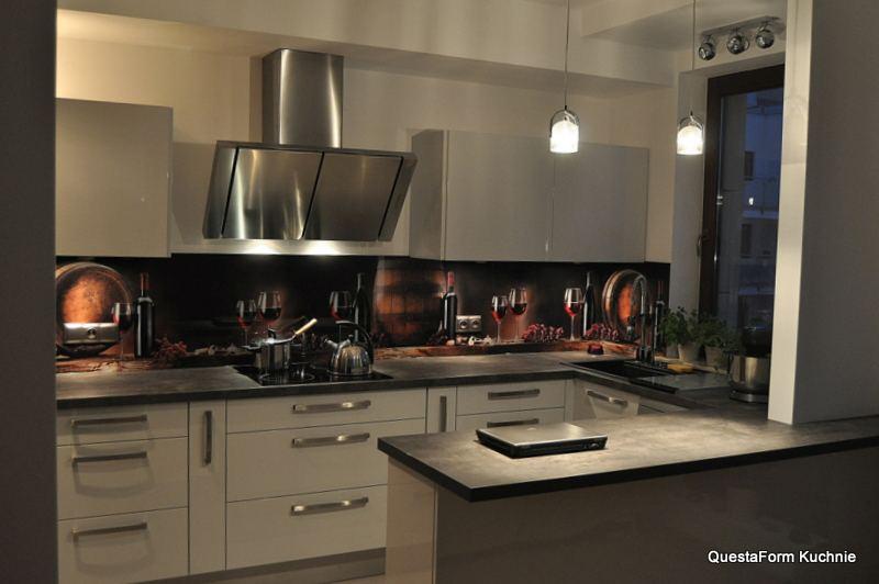 Kuchnia Na Wymiar Z Grafika Questa Form Kuchnie Wnetrza